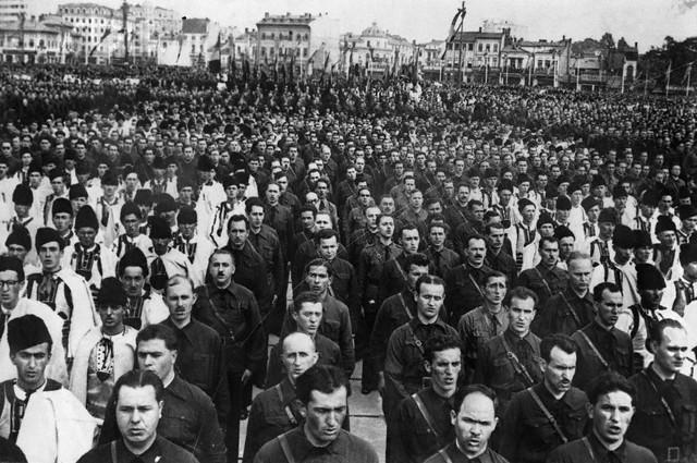 Deutsche Welle despre comuniști și legionari 18 Dec 1940, Romania --- Romanian Fascist