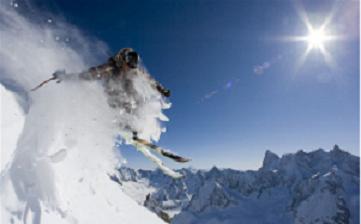 3 motive sa mergi la ski in Franta