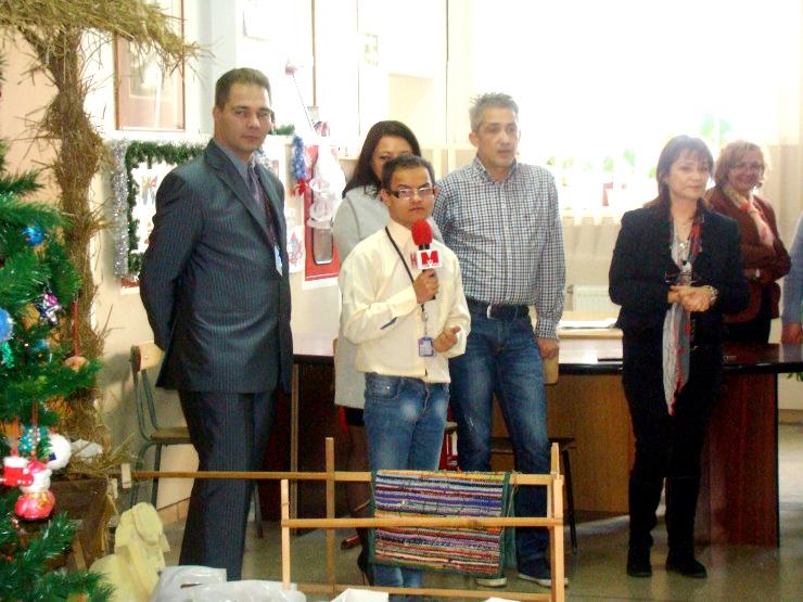 Fii Mos Craciun  și donează cadouri pentru copiii nevoiași