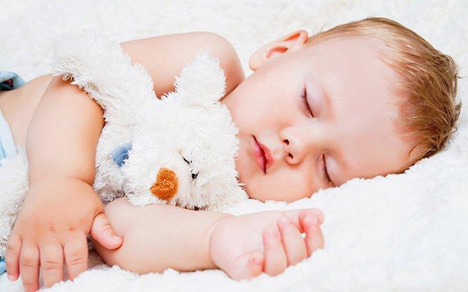 Bebelusi, paturi şi dezvoltare sănătoasă