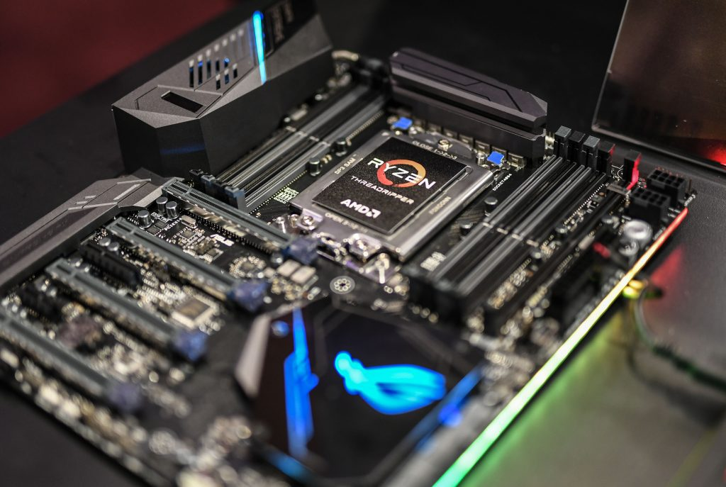 AMD a prezentat calendarul urmatoarelor lansari si noi produse pentru toate segmentele de piata la COMPUTEX 2017