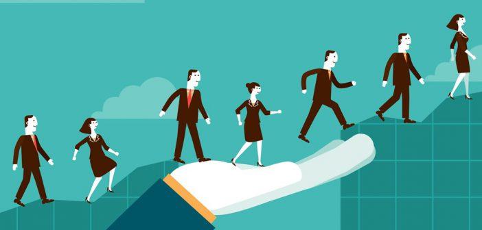 STUDIU: 45% dintre companii investesc in dezvoltarea PROFESIONALA a angajatilor
