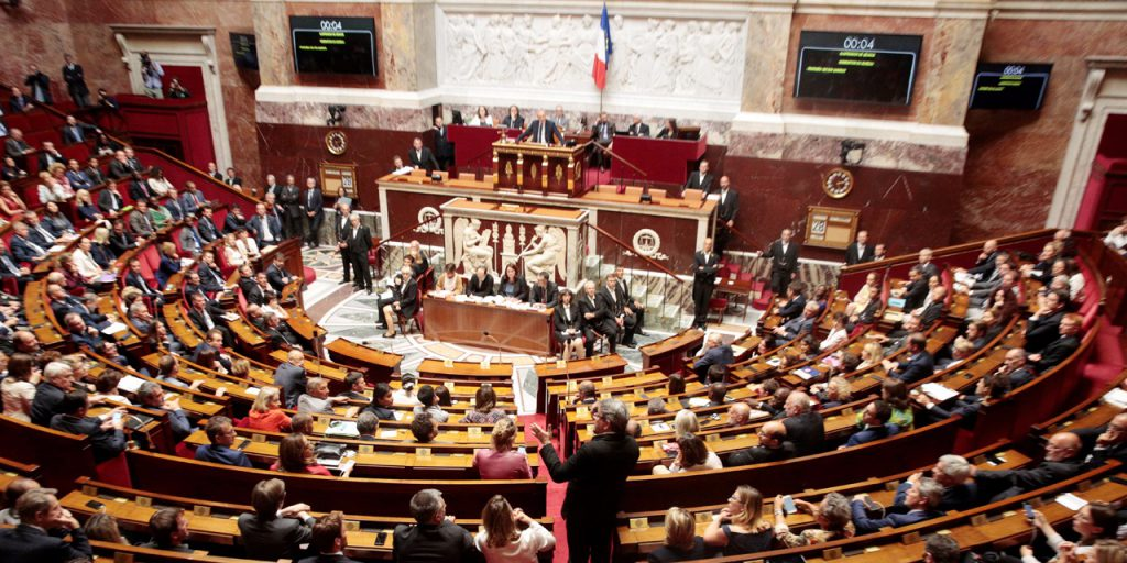 Deputatii francezi votat cu mare majoritate proiectul de lege pentru moralizarea vieţii politice