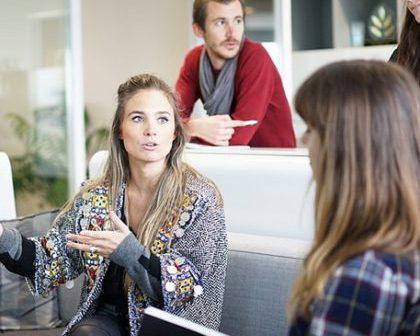 Firmele care isi invoiesc angajatii primesc in schimb promovare online