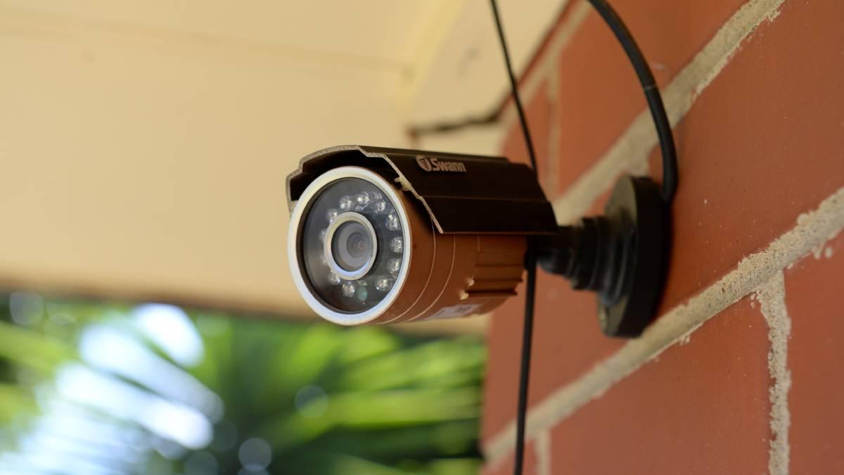 Ai nevoie de o camera de supraveghere exterioara? Iata cum o alegi!