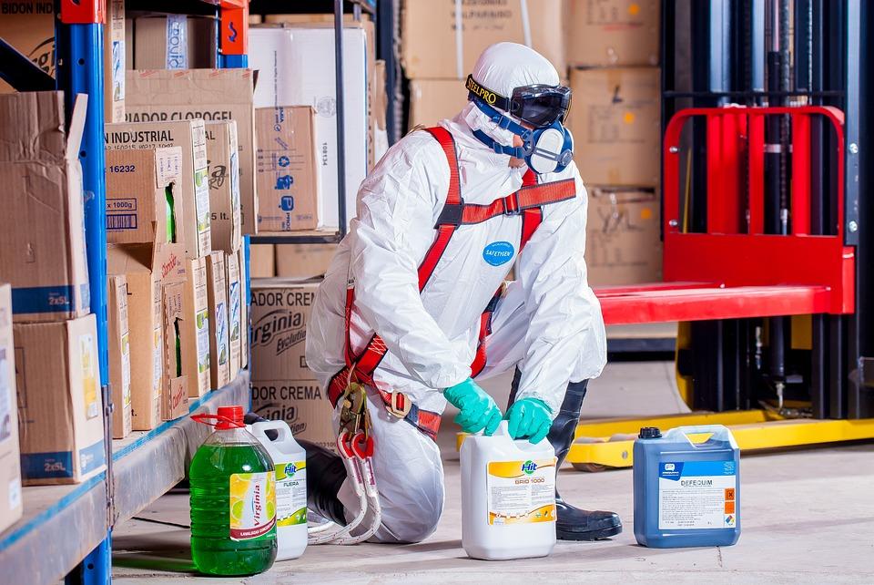 Externalizarea serviciilor de protectie a muncii este primul pas spre eficientizarea activitatii