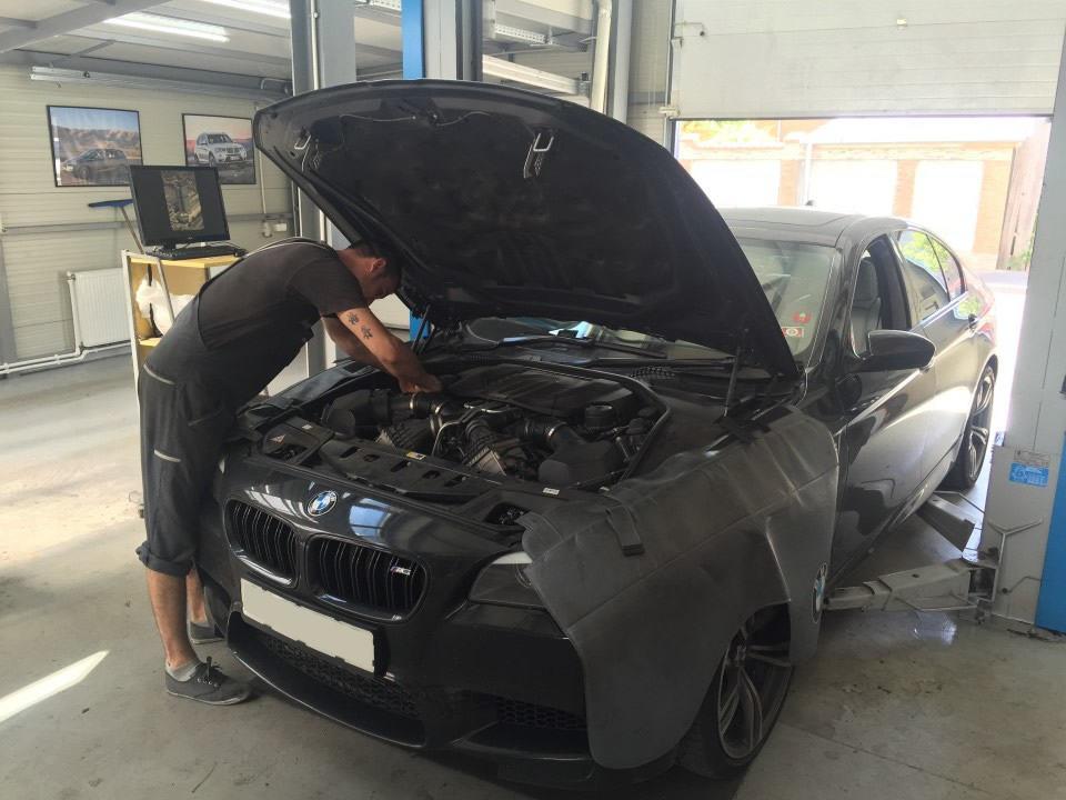 Ai nevoie de o echipa de specialisti BMW? Iata solutia!