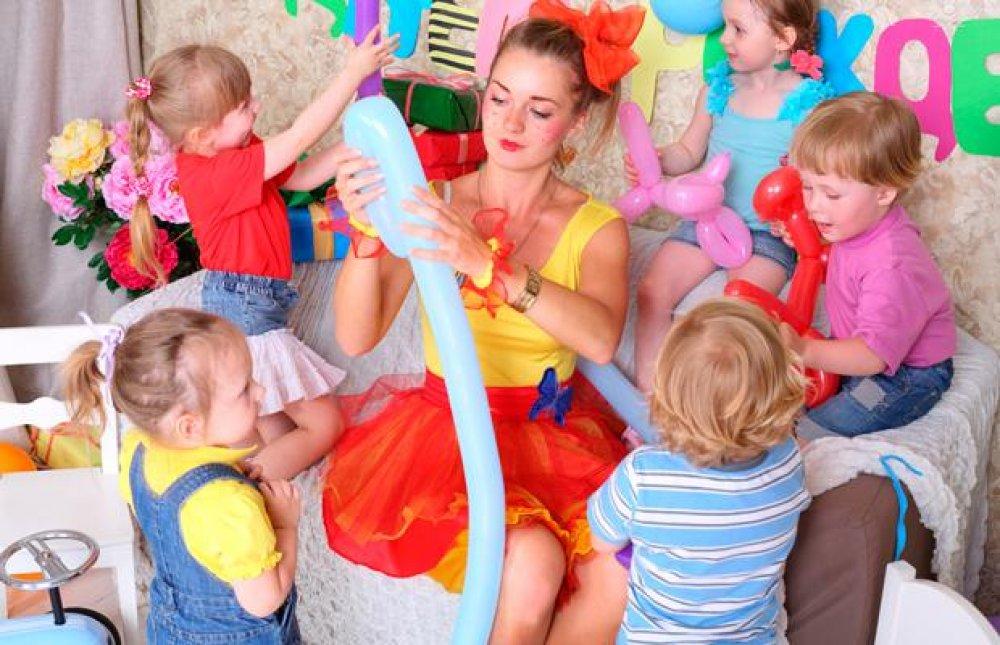 Top 3 motive pentru a aduce animatori la o petrecere pentru copii