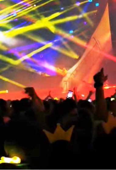 NEVERSEA, festivalul de muzică house, dance şi tech-house, a bubuit cu manele Captura facebook