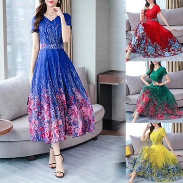Neer.ro vă oferă rochii felurite, frumoase si elegante